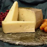 Сыр Проволоне Дольче Rossini, 1 кг